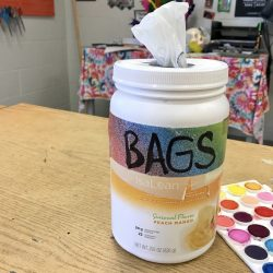 bag dispenser