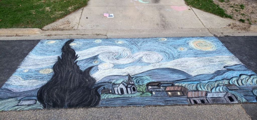 image of chalk drawing of starry night