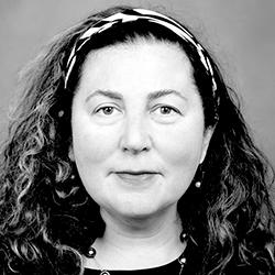 Dr. Ilona Szekely